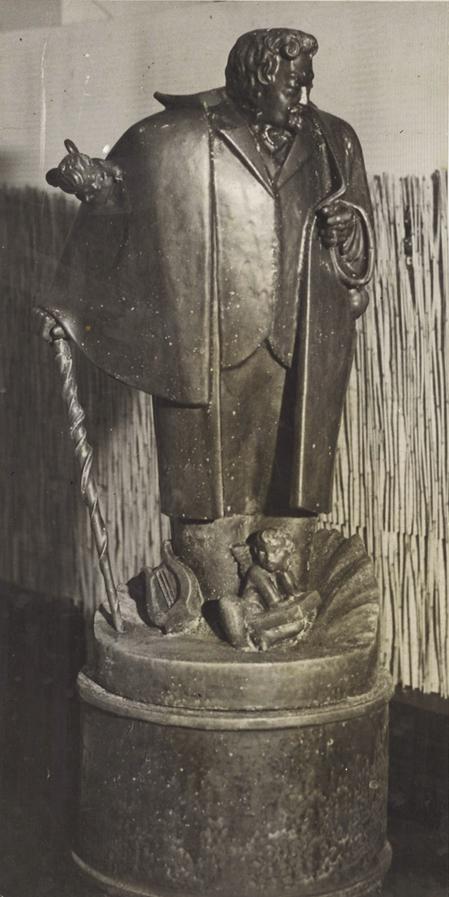 Arne Bang: Statue af Sophus Claussen (1928). Foto: fra familiearkivet.