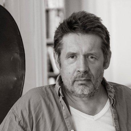 Simon Bang fotograferet af Ole Haupt (2015). I familiens eje.